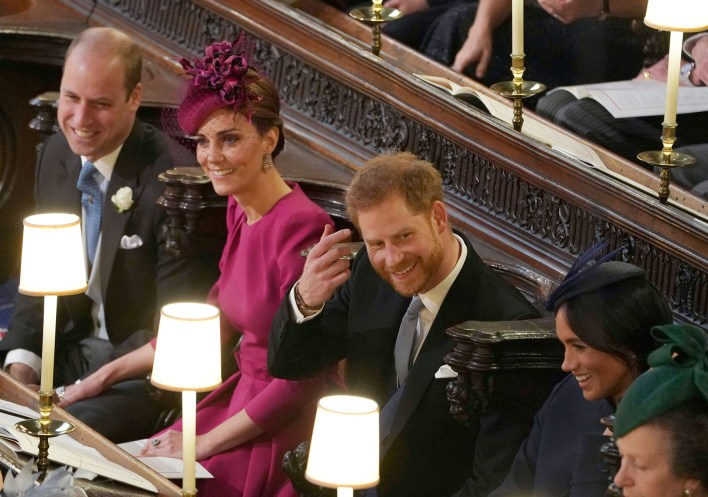 Willim y Harry con Kate Middleton y Meghan Markle en el casamiento de la princesa Eugenie
