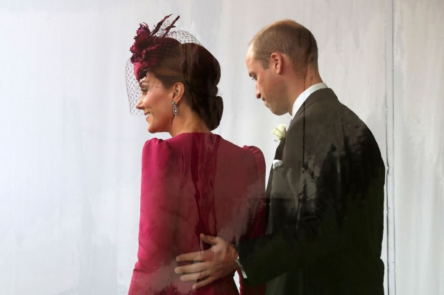 Los duques de Cambridge en la boda de la princesa Eugenie (Gareth Fuller/Pool via REUTERS)
