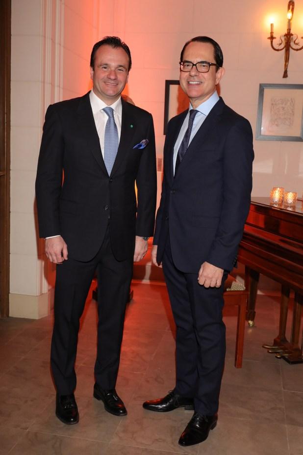 Juan Pablo Maglier y el embajador Zevelakis