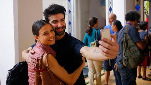 Los bailarines de ballet expatriados cubanos Rolando Sarabia y Yanela Piñera (AP Photo/Desmond Boylan)