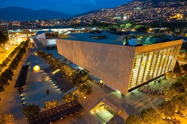 Medellín también vivió una transformación cultural de la mano de sus bibliotecas públicas (ACI)