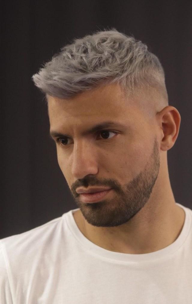 El Kun Agüero cambió su look en la previa al clásico de Manchester (@georgie.mathers)