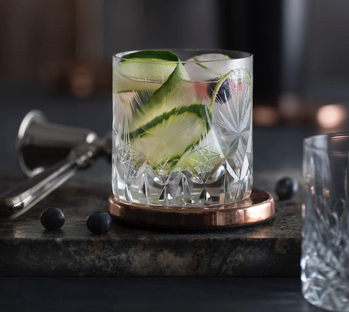 Para realizar este trago el vaso correspondiente es el de whisky