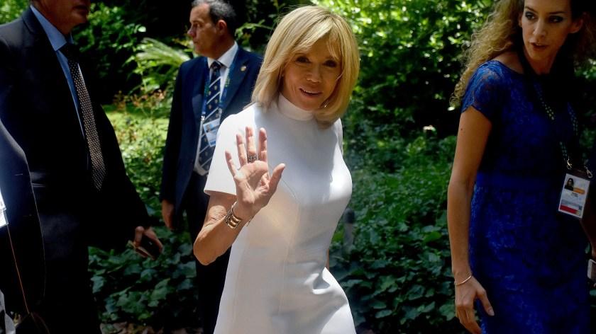 La primera dama francesa Brigitte Macron fue una de las últimas en arribar a la casa de Beccar, San Isidro