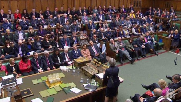Theresa May ante el Parlamento británico (AFP)