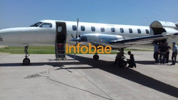 El vuelo de American jet que trae al continente los restos del capitán Castagnari
