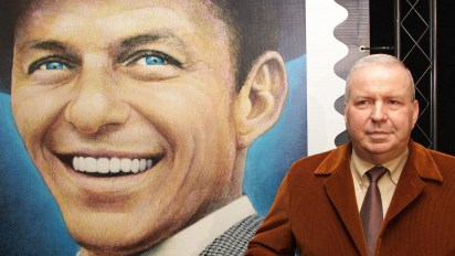 Frank Sinatra Jr. y la imagen de su padre (The Grosby Group)