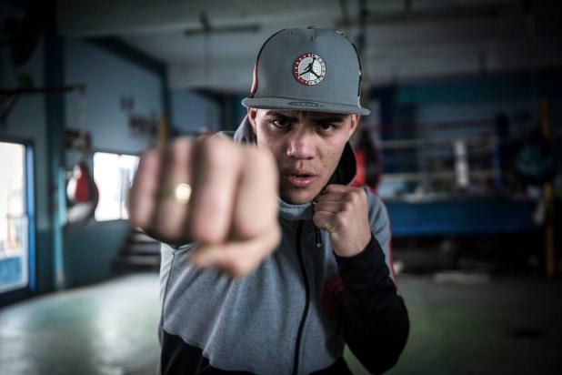 Brian Castaño, actual campeón regular de la Asociación Mundial de Boxeo en la categoría superwelter (Guille Llamos)
