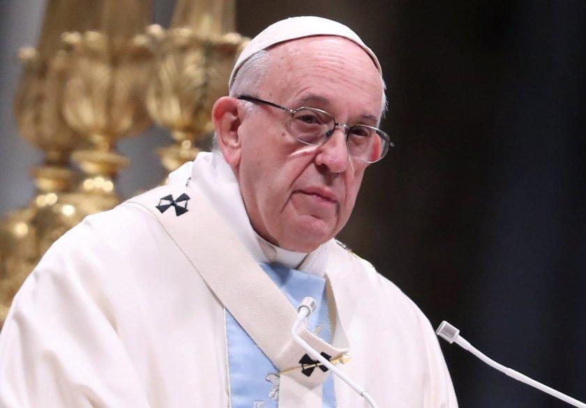 Pope Francis durante la misa para el Día Mundial de la Paz en San Pedro el 1 de enero (REUTERS/Tony Gentile)