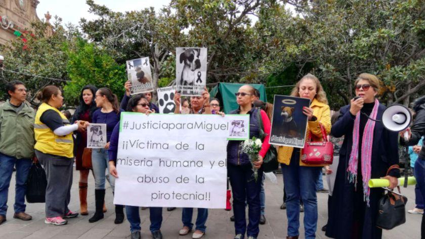 Ciudadanos y activistas protestaron pacíficamente para exigir #JusticiaParaMiguel (Foto: Twitter ExpresSanLuis)