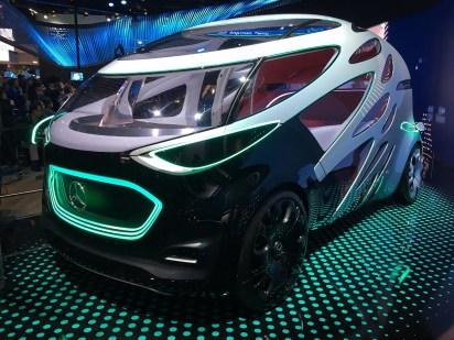 El vehículo de la automotriz alemana podrá servir para transportar personas y objetos