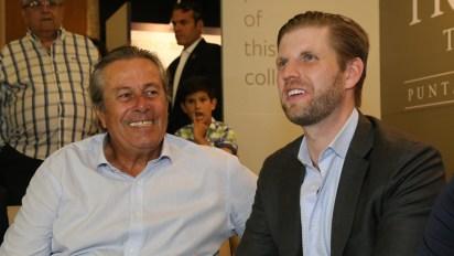 El Intendente de Maldonado Enrique Antía junto a Eric Trump en la inauguración de un foro inmobiliario