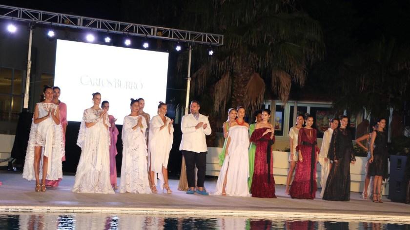 La colección del diseñador paraguayo, Carlos Burró. 18 modelos desfilaron en la pasarela de Punta del Este