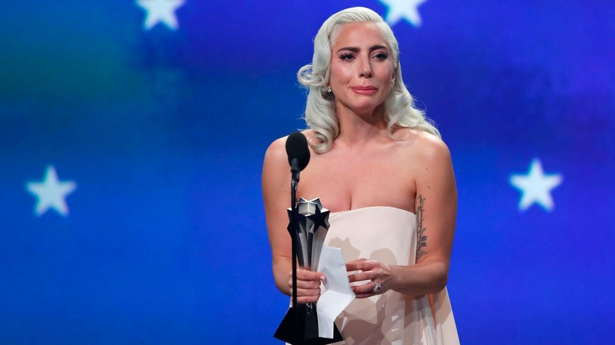 """Lady Gaga recibió el premio a Mejor Actriz por""""A Star is Born"""" empatando con Glenn Close por""""The Wife"""" (REUTERS/Mike Blake)"""