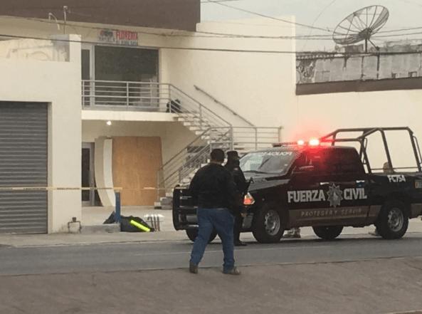 Restos humanos en las inmediaciones del penal Topo Chico (Foto@jaramires)