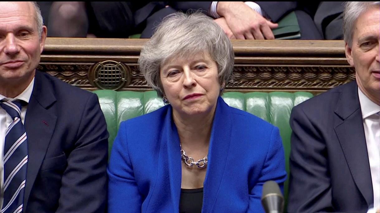 Theresa May habló ante la Cámara tras el abrumador rechazo al plan negociado con Bruselas (Reuters)