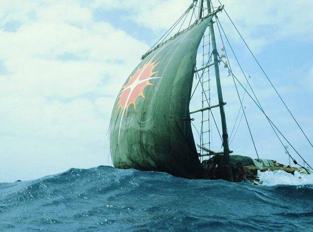 La Atlantis llevó en su base nueve troncos que los propios protagonistas buscaron en Ecuador