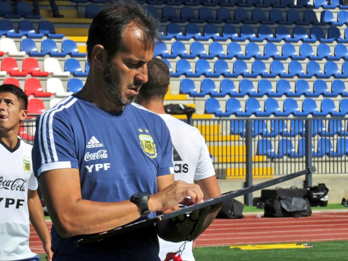 Fernando Batista, el entrenador del equipo (Twitter: @Argentina)