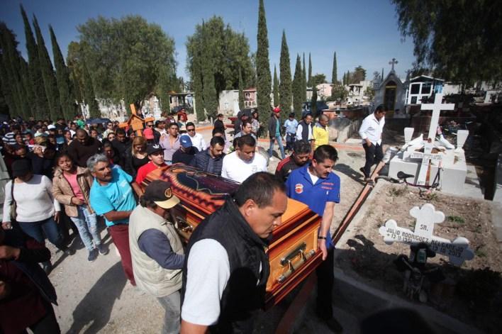 La explosión del ducto de gasolina dejó al menos 85 personas muertas y decenas de heridos (FOTO: ISAAC ESQUIVEL /CUARTOSCURO.COM)