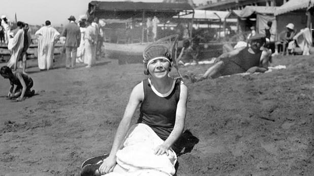 Alfonsina en Mar del Plata el 22 de marzo de 1924 (Archivo General de la Nación)