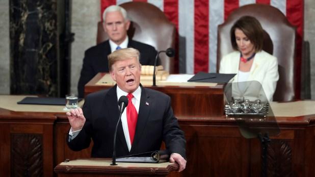 El presidente de los Estados Unidos Donald Trumpcumplió su promesa de campaña y retiró a su país del acuerdo nuclear en 2018(AP Photo/Andrew Harnik)