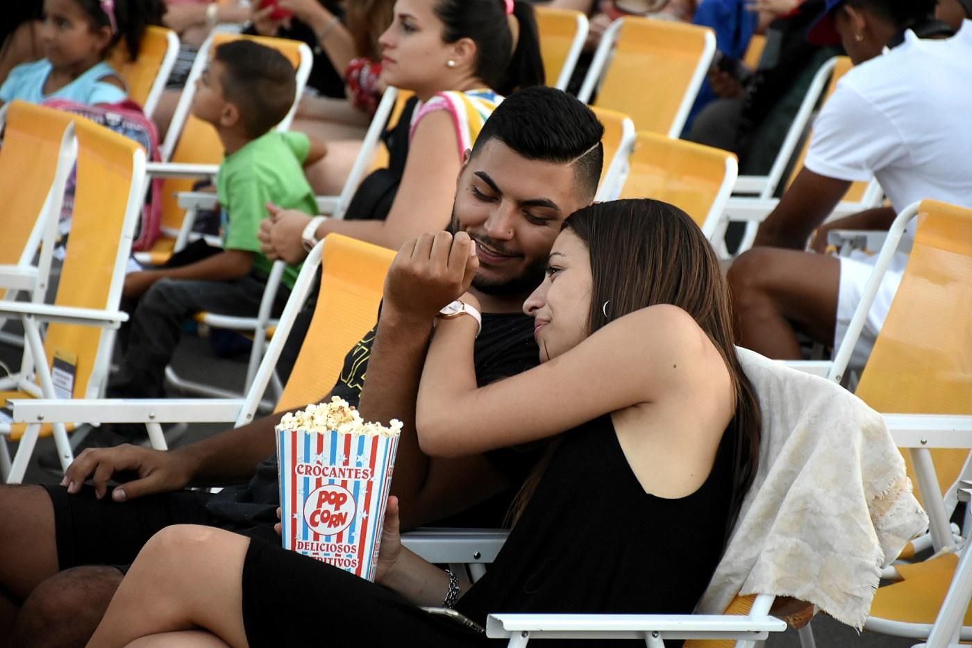 Cada familia pudo haber pagado más de 80 salidas al cine (Foto: Archivo)
