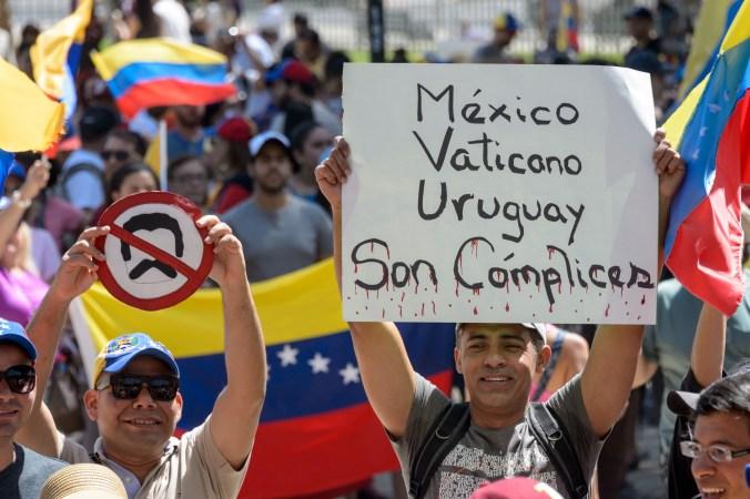 Manifestantes en Venezuela (Foto: Martin BERNETTI / AFP)