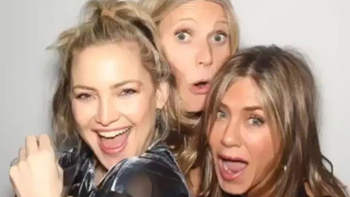 Jennifer Aniston con Kate Hudon y Gwyneth Paltrow