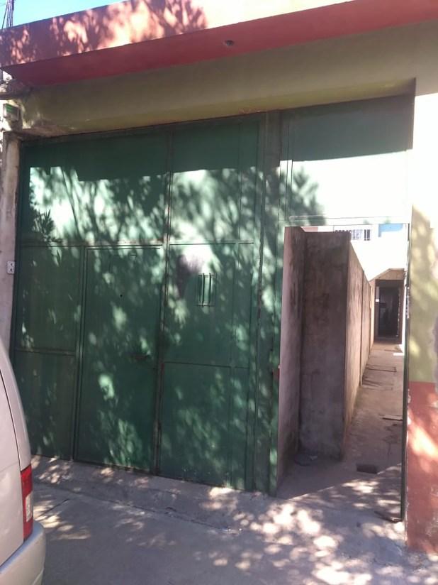El frente de la casa donde ocurrió el doble homicidio