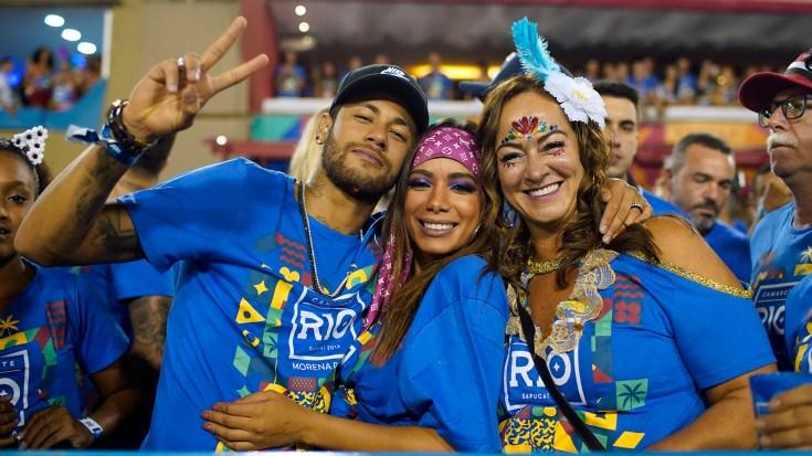 Neymar desfiló con la escuela Vila Isabel (Mauro Pimentel / AFP)