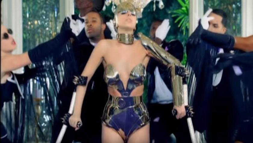 """Lady Gaga en el video """"Paparazzi"""" (Captura de pantalla)"""