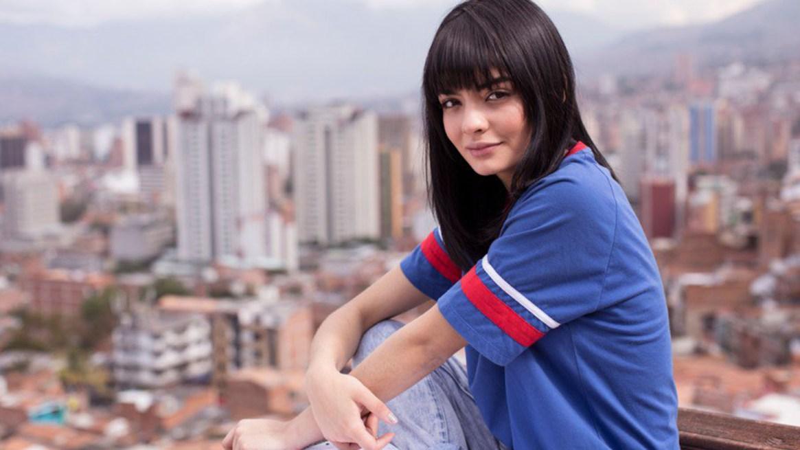 Maria José Vargas interpreta a Yeimy adolescente en La Reina del Flow.