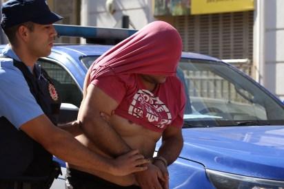 Los siete detenidos vivían en Sebastián Elcano y no ofrecieron resistencia cuando fueron detenidos