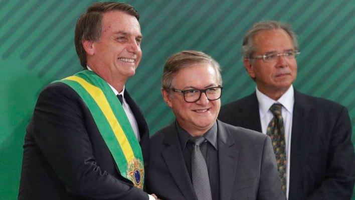 Jair Bolsonaro junto a Vélez, el día de su asunción como Presidente