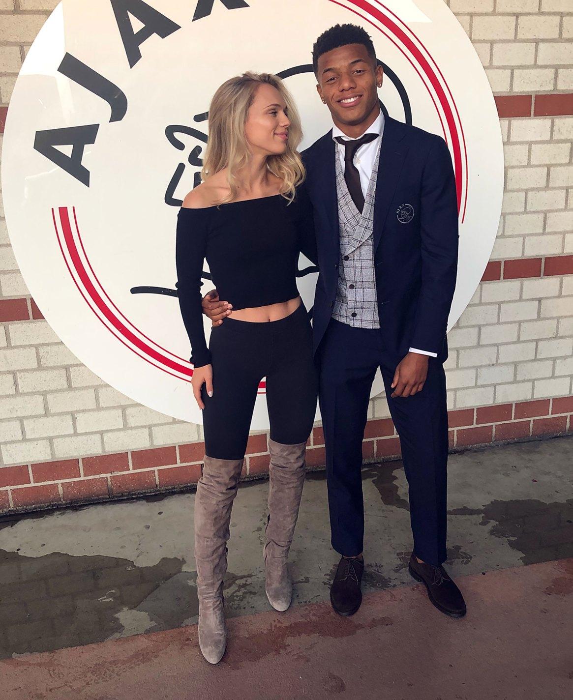 El futbolista David Neres y la modelo Kira Winona
