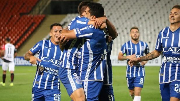 El conjunto mendocino superó a Patronato por la Copa de la Superliga y ahora jugarán contra Boca (@ClubGodoyCruz)
