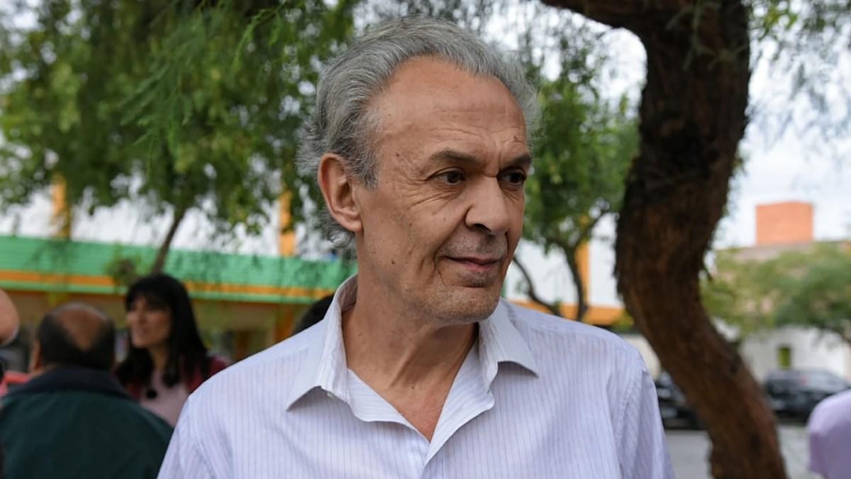 Roberto Dallazuana fue declarado ciudadano ilustre de la ciudad de San Juan en reconocimiento a los valores que como veterinario practica y fomenta (Diario Móvil San Juan)