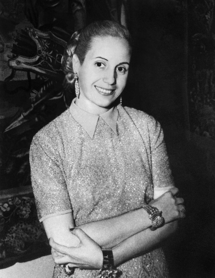 Resultado de imagen para Fotos de Eva Perón, fallece de cáncer a los 33 años