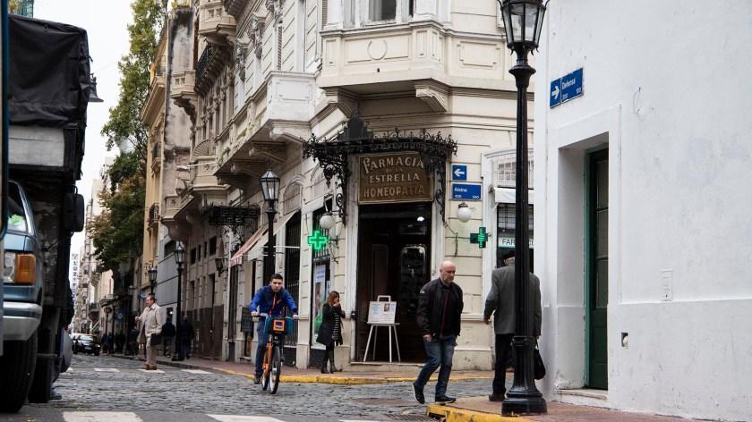 En pleno casco histórico, el lugar recibe a diario la visita de turistas extranjeros