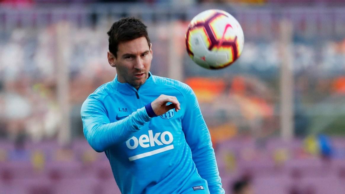 Messi decidió quitarse la barba y cortarse el pelo a los costados (Foto: REUTERS)