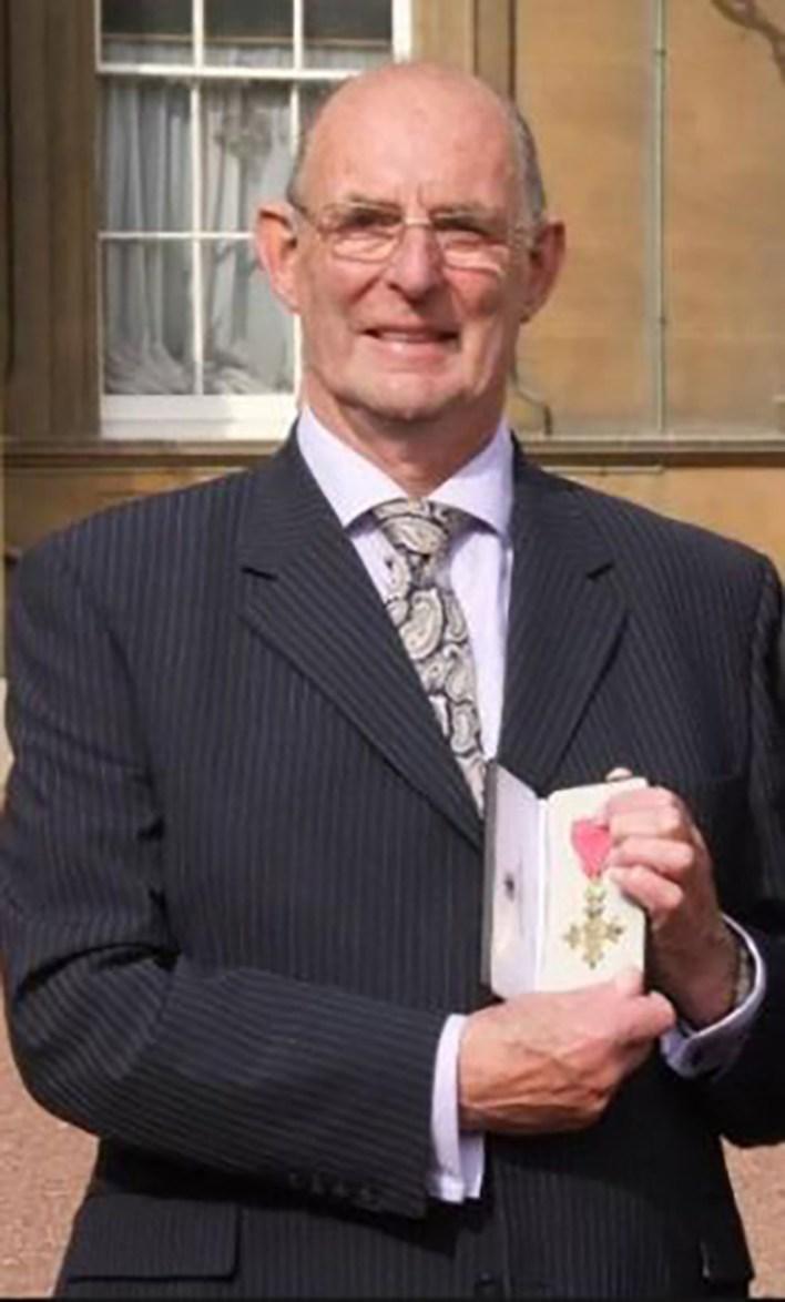 White fue condecorado por su actuación en la Guerra de Malvinas por Su Majestad