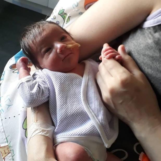 Gianluca nació a los 7 meses de gestación