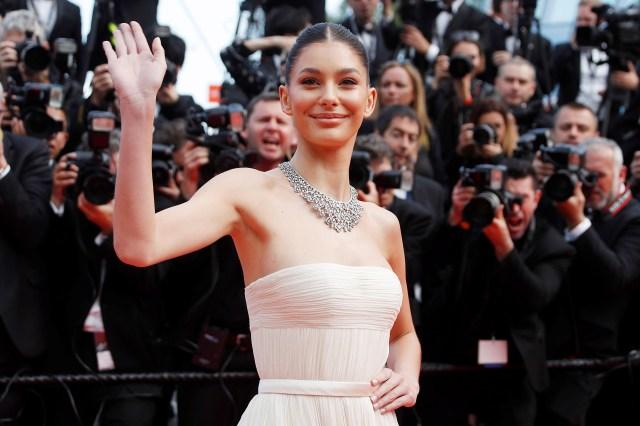 Camila Morrone, la modelo y actriz argentina, acompañó a su novio, Leonardo DiCaprio, en la presentación de la película (EFE)
