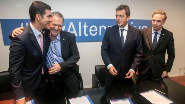 Urtubey, Schiaretti, Massa y Pichetto: los cuatro dirigentes decidieron excluir a Lavagna de la cumbre