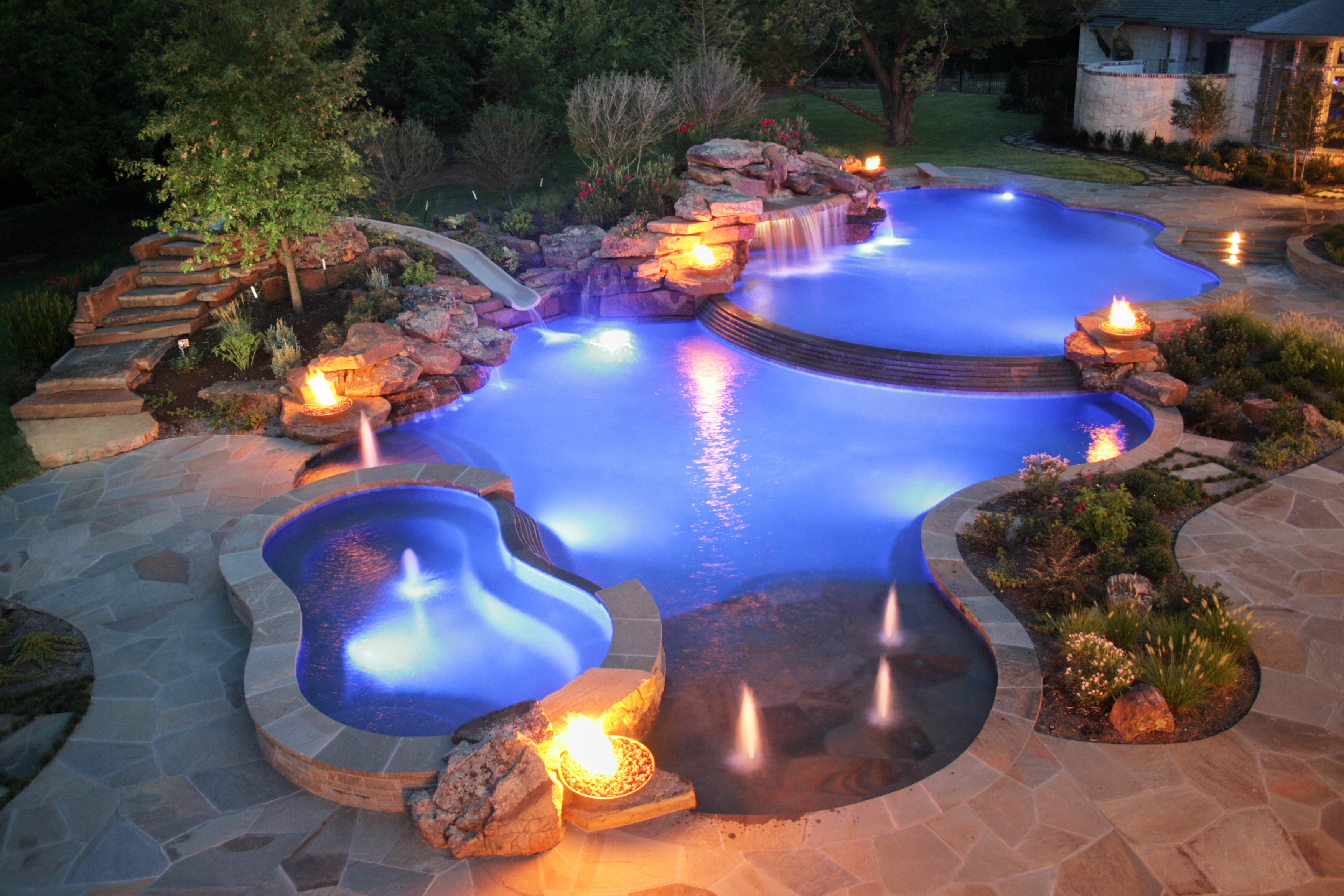 8 Incredible Fire And Water Features Woodlanddirect Com