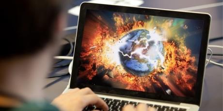 http://www.avaaz.org/en/internet_apocalypse_loc/?tJiRIab