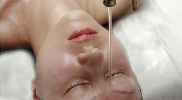 Shirodhara: Ayurvedic Spa Treatments