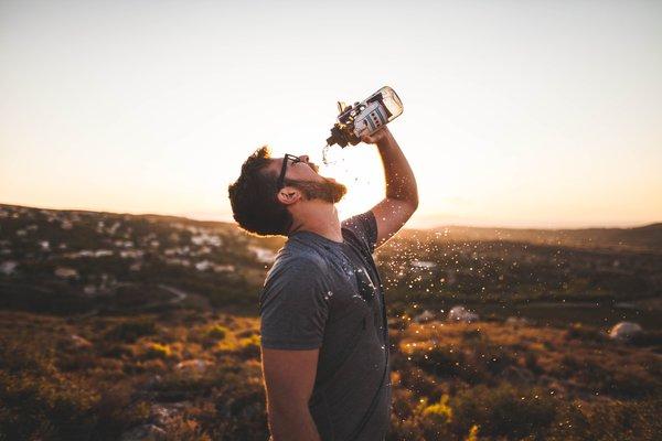 Dehydration: 5 Replenishing Beverages + Ayurvedic Summer Health Tips