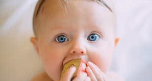 Weaning: Easy To Digest First Foods For Babies + Ayurvedic Recipe