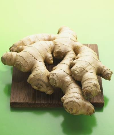 Ginger for knee pain injuries, knee pain relief, knee pain treatment.